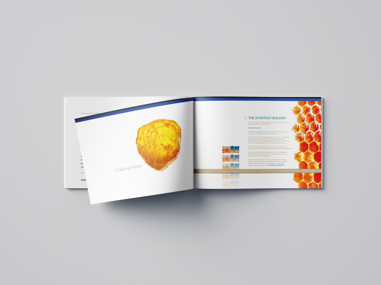 Free_Landscape_Brochure_Mockup_05